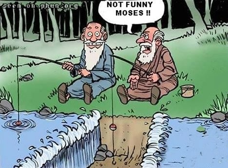 Kuva karrikoi sitä kiltimpää Moosesta. ;)